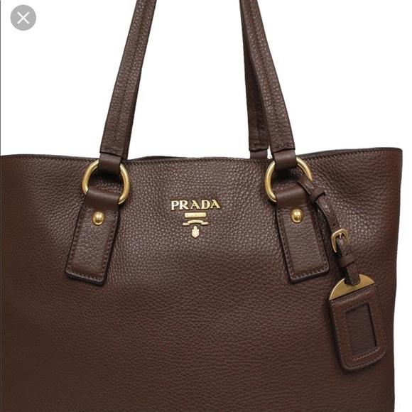 9884d82cabfe Prada - Side Zip Shopper Tote Vitello Daino Large.  M 5c21d87b951996a21896a6f7